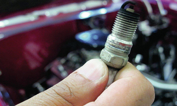نشانه های خرابی شمع خودرو و عوامل موثر در آن