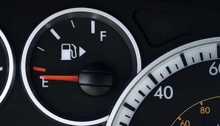 مصرف بنزین مشکل رایج در تمامی خودروها